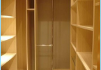 How to equip a dressing room in the apartment