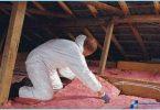 Comment isoler un plafond mansardé avec ses mains