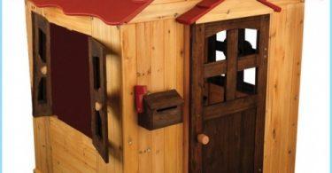 maison en bois pour enfants avec leurs mains
