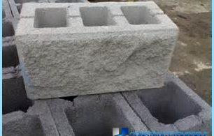 blocs de béton avec leurs propres mains à la maison