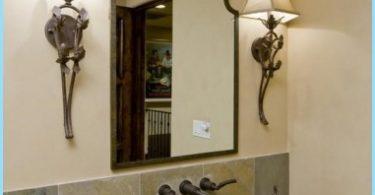 Miroir design dans la salle de bain