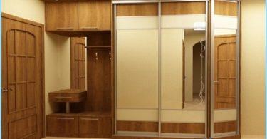 Conception armoire dans le couloir