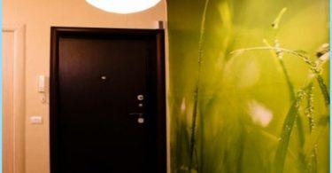 Mur de photos dans le couloir et le couloir